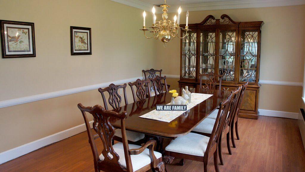 deerwood-place-alternate-dining-room-table