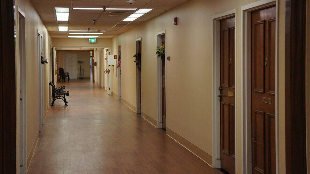 deerwood-place-hallway-rooms-01