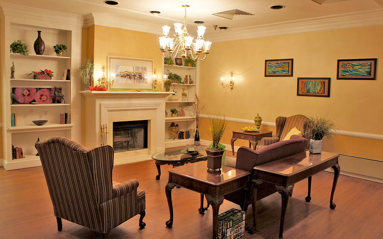 deerwood-place-living-room-02